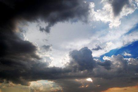 080723_rain_imminent-781920